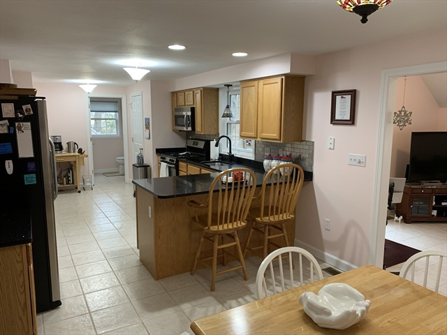 72 Pinehurst Ave, Billerica, MA, 01821, Middlesex Home For Sale