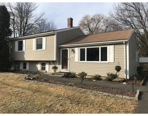 151 Valley Brook Road, Agawam, MA
