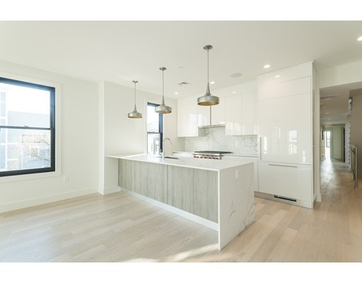 586 E 3rd Street, Boston, Ma 02127
