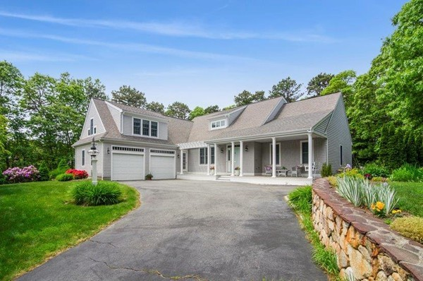 10 Harbor Ridge Drive Mashpee MA 02649