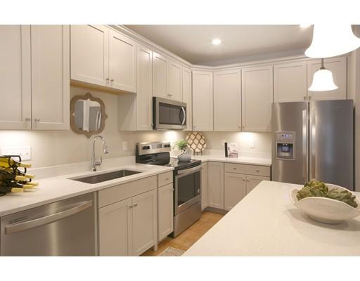 130 University Ave (unit 01302), Westwood, MA 02090
