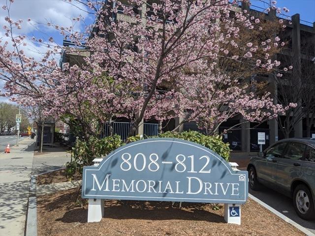 810 Memorial Drive Cambridge MA 02139