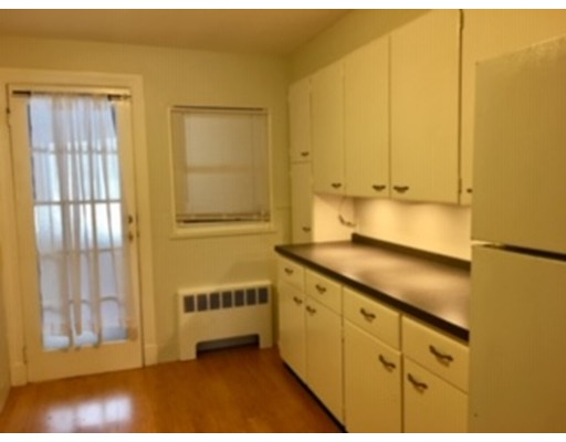 4635 Washington Street, Boston, Ma 02131