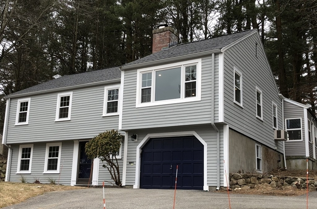 33 Locksley Road, Lynnfield, MA, 01940, Essex Home For Sale