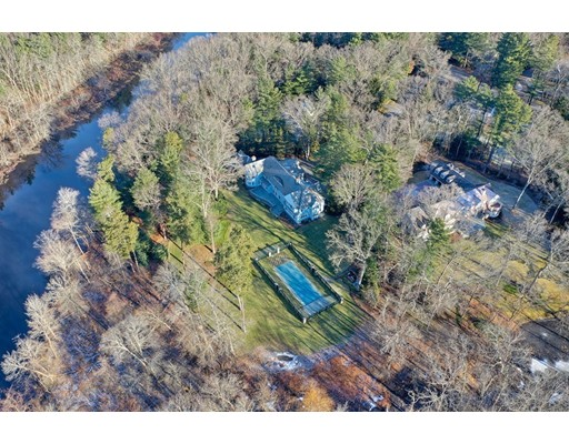 15 Winding River Circle Wellesley MA 02482