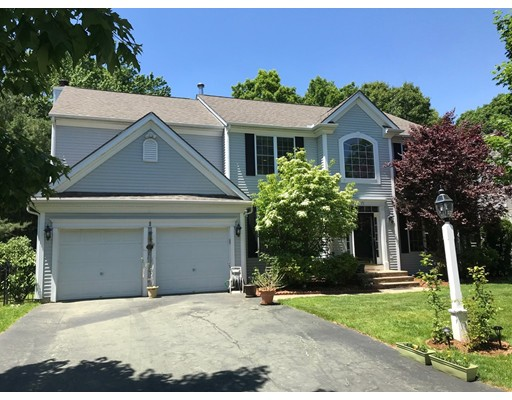 75 Amberville Road North Andover MA 01845