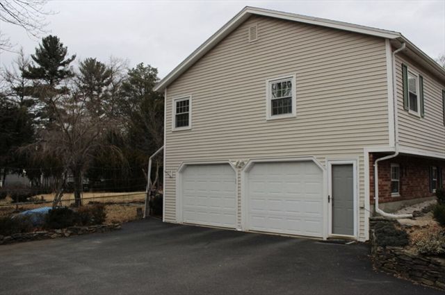 5 Pitman Dr, Reading, MA, 01867, Middlesex Home For Sale