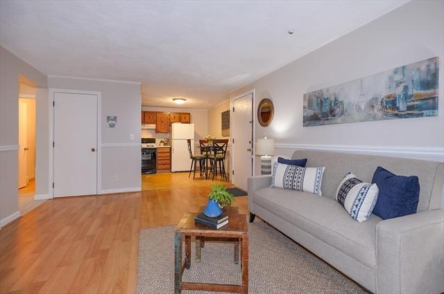 3 Karen Cir, Billerica, MA, 01821, Middlesex Home For Sale