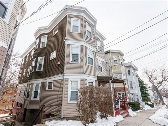 73 Bellingham St, Chelsea, MA, 02150, Suffolk Home For Sale
