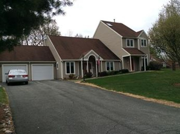2 Michaels Green, Woburn, MA, 01801, Middlesex Home For Sale