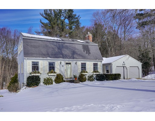 5 Essex Place Chelmsford MA 01824
