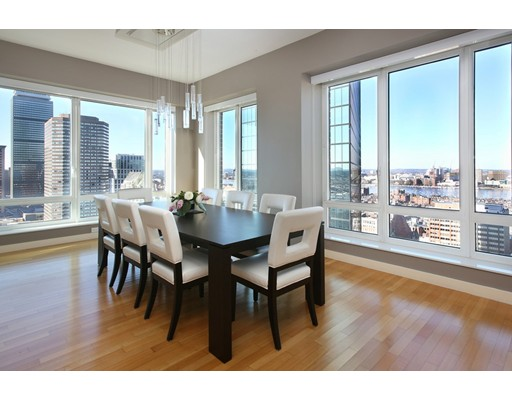 Condominium/Co-Op for sale in 400 stuart Back Bay, Boston, Suffolk