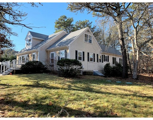 70 Anthiers Way Edgartown MA 02539