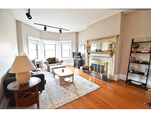 1693 Beacon Brookline MA 02445