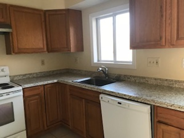 244 18Th St, Dracut, MA, 01826, Middlesex Home For Sale