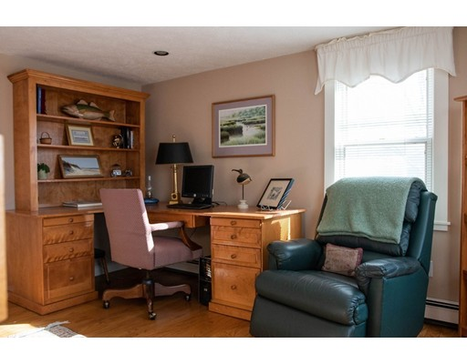 156 Commerce Rd, Barnstable, MA 02630