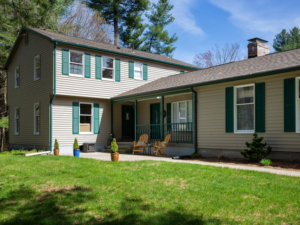 Amazing 56 Tanglewood Dr East Longmeadow 01028 Mls 72451588 Home Interior And Landscaping Palasignezvosmurscom