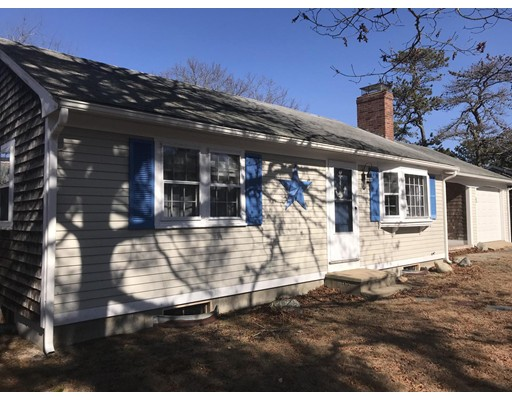 35 Hunter Circle Yarmouth MA 02673