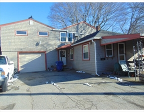 157 Oak Grove Ave, Fall River, MA 02723