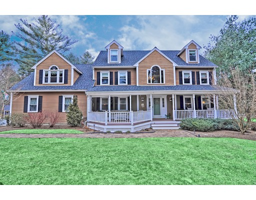 17 Deerfield Drive Medfield MA 02052