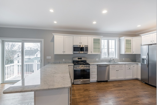 39 B Clark St, Danvers, MA, 01923, Essex Home For Sale