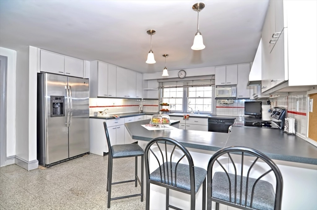 70 Russell St, Peabody, MA, 01960, Essex Home For Sale