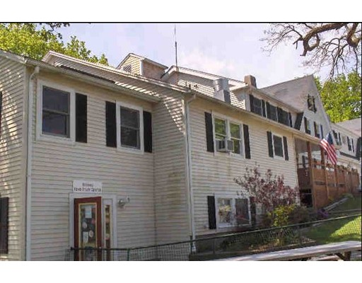 Photo of 83 Pearl St Barnstable MA 02601