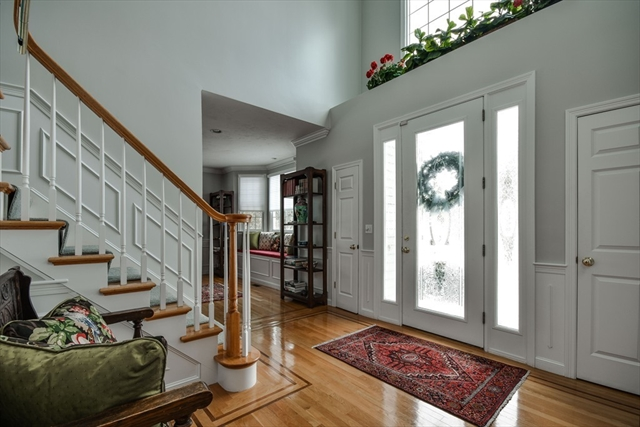 44 Pond View Rd, Holliston, MA, 01746, Middlesex Home For Sale