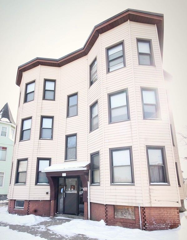 11 MARBLE ST, SPRINGFIELD, MA 01105