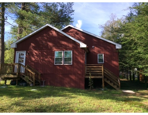 7 Candlewood Court Holland MA 01521