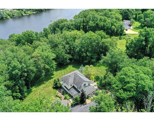 158 West Quasset Rd, Woodstock, CT 06281