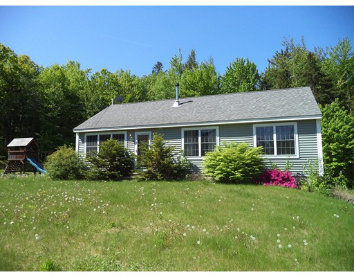24 Grover Ln, Temple, NH 03084