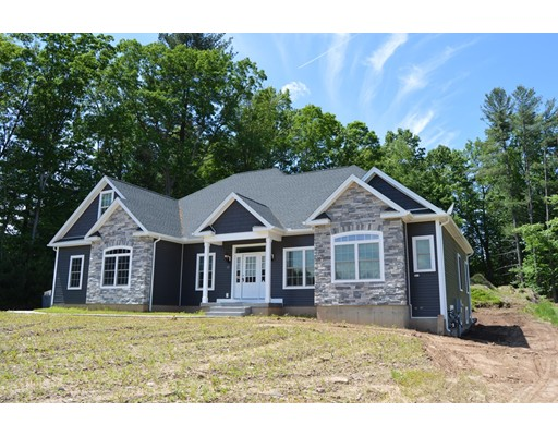 12 Pondview Dr, East Longmeadow, MA 01028