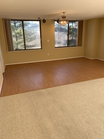 40 Village Rd, Middleton, MA, 01949,  Home For Sale