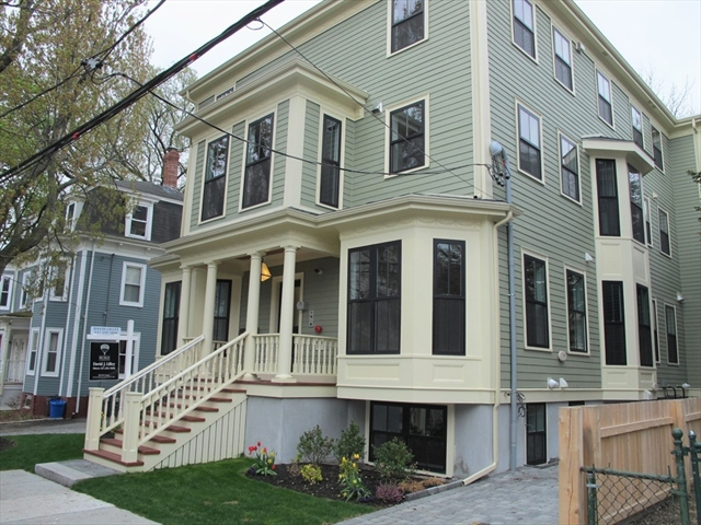18 Tufts St, Cambridge, MA, 02139, Middlesex Home For Sale