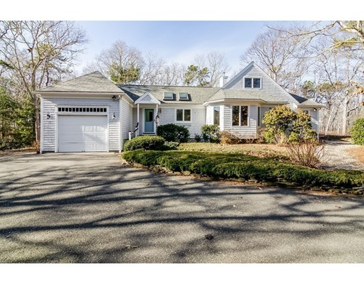 163 Racing Beach Ave., Falmouth, MA 02540