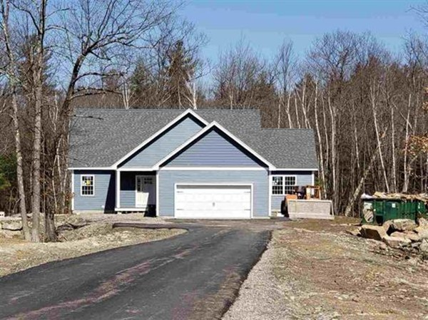 Photo of 31 Aspen Dr Pelham NH 03076