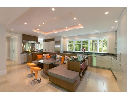 1352 Monument Street, Concord, MA 01742
