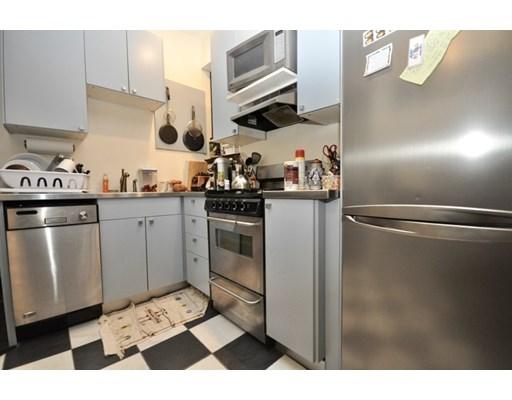 65 Burbank St Unit 14, Boston - Fenway, MA 02115