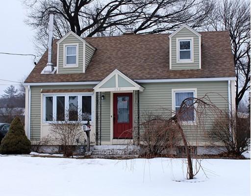 132 Edgewood Avenue Chicopee MA 01013