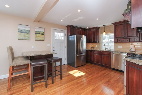 16 ALDEN ROAD, Peabody, MA, 01960, Essex Home For Sale