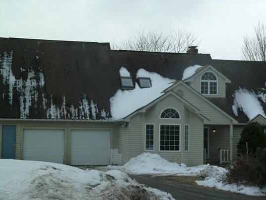 105-107 North Valley Road, Pelham, MA: $375,000