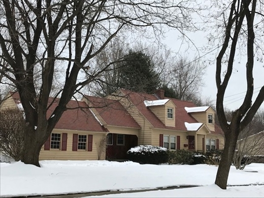 3 Green, Greenfield, MA: $235,000