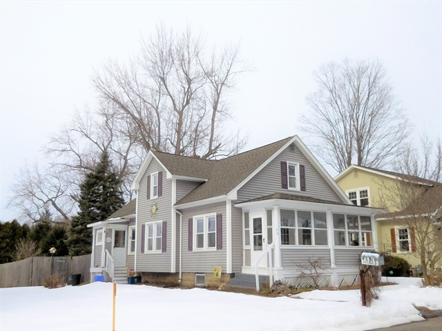 Remarkable 26 Lasalle Street East Longmeadow Ma Real Estate Listing Home Interior And Landscaping Palasignezvosmurscom
