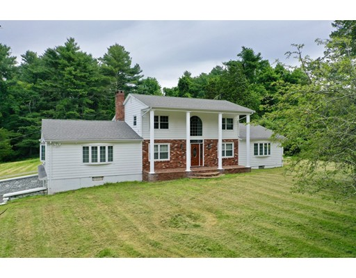 441 Old Fall River Road, Dartmouth, MA 02747
