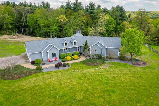 153 Wallace Hill Rd, Townsend, MA, 01469, Middlesex Home For Sale