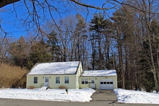 31 Gold Street, Greenfield, MA<br>$179,900.00<br>0.32 Acres, 3 Bedrooms