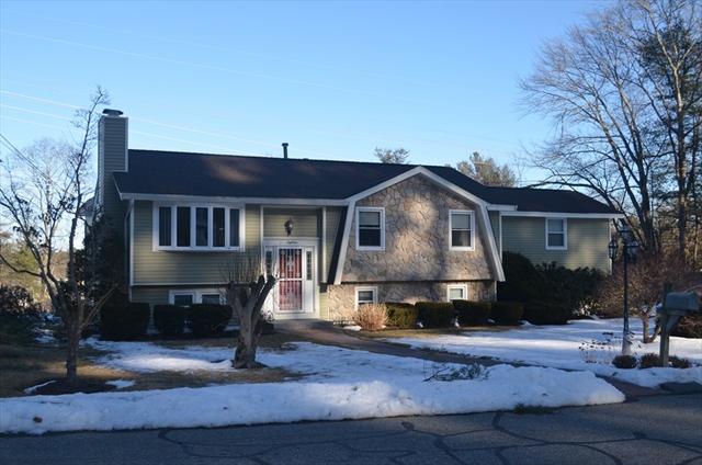 18 Robinhood Lane, Billerica, MA, 01821, Middlesex Home For Sale