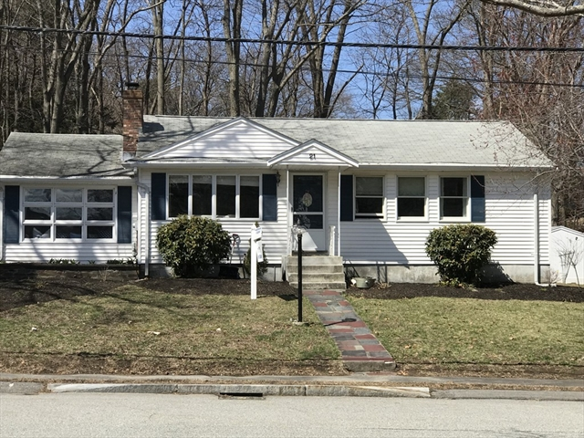 21 Thomas Rd, Lynnfield, MA, 01940, Essex Home For Sale