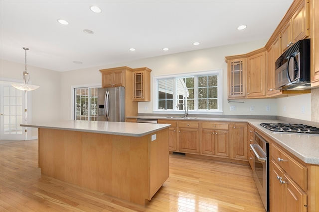15 Priest Ln, Boxborough, MA, 01719, Middlesex Home For Sale